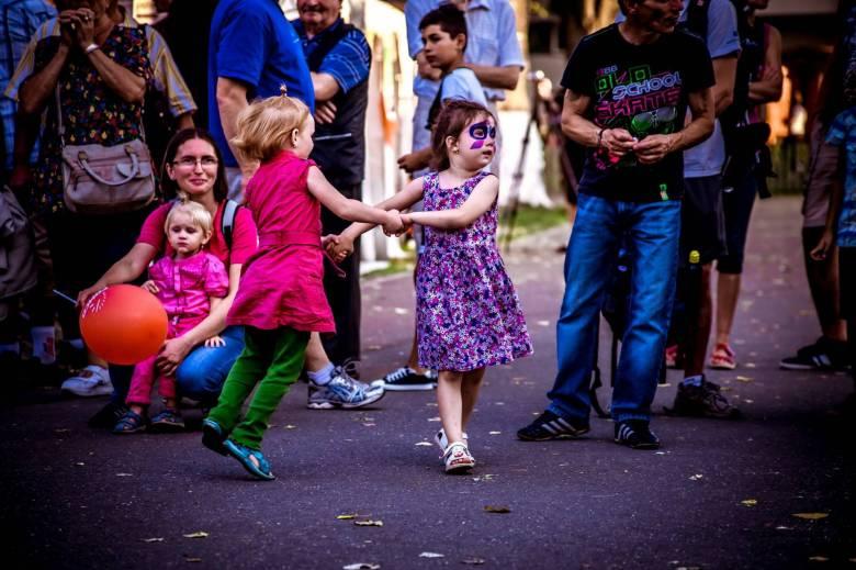 b_fesztival-gyerekek-forgatag
