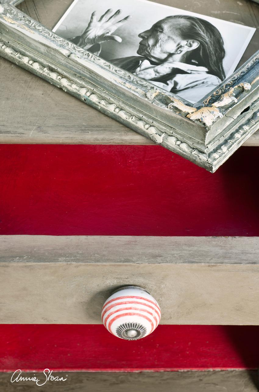 Coco Annie Sloan Chalk Paint™ festék
