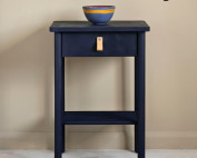 Oxford-Navy-side-table,-curtain-in-Linen-Union-in-Old-White-+-French-Linen,-lamp-base-in-Old-Violet,-lampshade-in-Ticking-in-Old-Violet-image-1