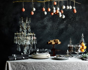1.-Annie-Sloan-Christmas-dining-Chalk-Paint-in-Athenian-Black-and-Old-White-baubles-in-Emperors-Silk-and-Paris-Grey-Linen-Union-table-cloth